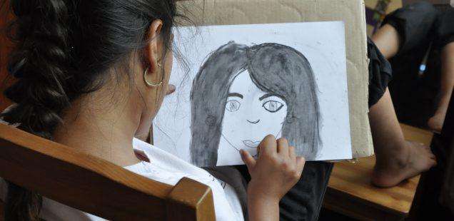 TZ: Kreslení je zábava! Ukázal dětem letní workshop v Ralsku